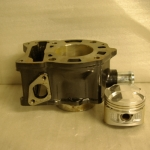 Piaggio 125cc 4T liquid cooled cylinder with piston